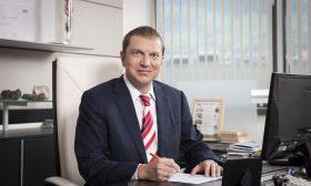 Синът на проф. Цоцорков дарява 5 стипендии за обучение в АУБ