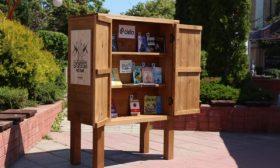 Мобилни библиотеки поощряват четенето през лятото
