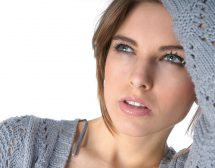 Нежни грижи за нацупените устни