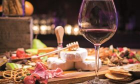 Вино и храна: защо няма перфектни комбинации