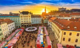 Самолетни дестинации на цени под 30 евро двупосочно през октомври