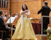 Соня Йончева и Националния филхармоничен оркестър – енергия и класа