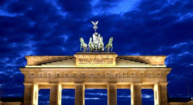 Честват 30 г. от падането на Берлинската стена