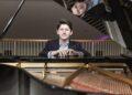 Той е само на 21 и пианист от световна класа!