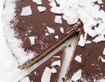 Кокосова торта с натурален шоколад