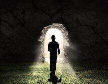 Гал Сасон: Миналите ни животи оказват голямо влияние върху нас