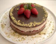 Торта с ягоди и шоколад