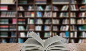 Столичната библиотека предизвиква читатели да се снимат с книга в ръка