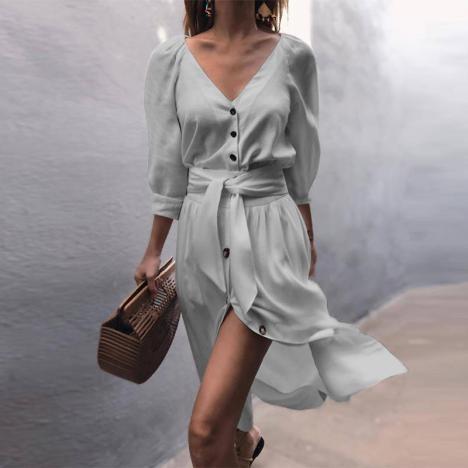 Дамска едноцветна рокля със средна дължина на ръкавите V-деколте
