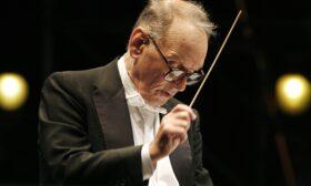 Отиде си гениалният композитор Енио Мориконе