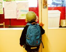 Малките в клас след Нова година, големите – седмица по-късно