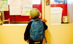 Стартът на учебната година ще е в реална среда