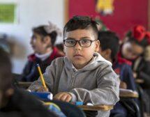 Окончателно: децата влизат в класните стаи на 15 септември
