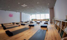 Още едно красиво студио за йога в София