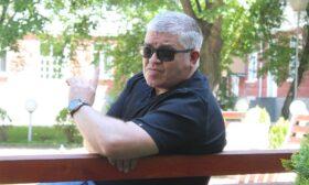 Георги Томов: Бъдещето се очертава като черна комедия на абсурда