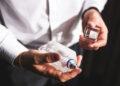 Ръководство за впечатляващ подарък – как да изберем парфюм за мъж