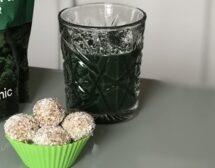 Мъже готвят! Зелено смути и сурови бонбони с кокос от Страхил Иванов