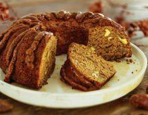 Сочен кейк с фурми