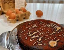 Шоколадов кекс с ябълки