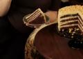 Шоколадова торта с крем от фъстъчено масло