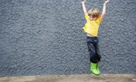 Уникални гумени ботуши за момче, които всяко момче ще заобича