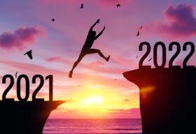 Какво ни готвят звездите през 2022 г. според астролог Мая Павлова