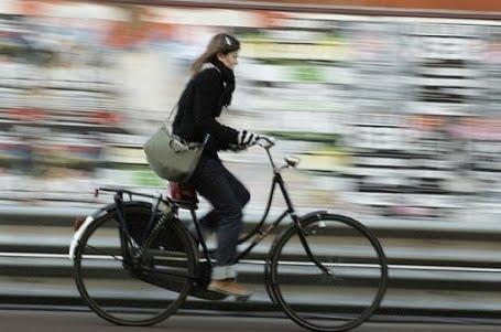 Урок по каране на колело… така де, секс