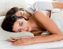 Как окситоцинът прави мъжете (почти) моногамни