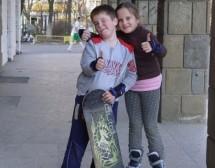 Близнаците – заедно или отделно в училище?
