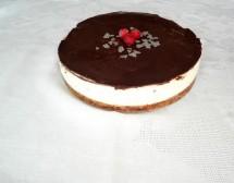 Чийзкейк с вишни и шоколад без печене. От Маргарита Тодорова