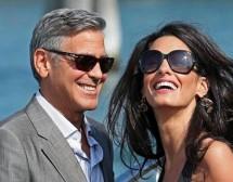 Другата гледна точка за сватбата на Клуни