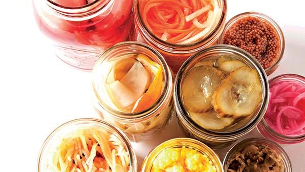 Приготвянето на зимнина – ретро традиция или начин да се храним по-здравословно