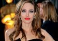 Анджелина Джоли махна и яйчниците си