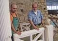 In memoriam. Скулпторите Петьо и Петър Александрови -баща и син